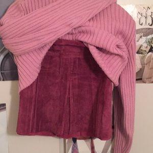 Bebe 2 Suede Mauve Pleated Mini Skirt